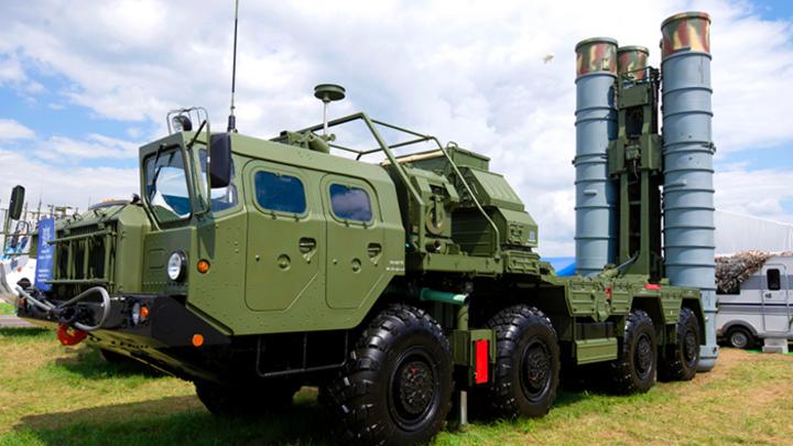 Двойной удар по США: Индия купила у России С-400 за рубли