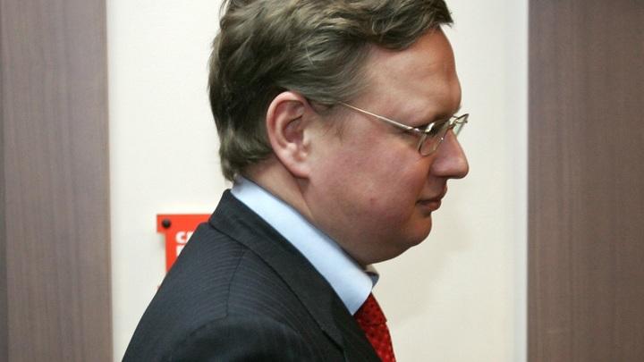 Делягин рассказал, как Медведеву удалось сохранить должность премьер-министра