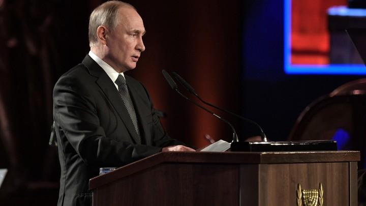 Бесплатно помочь детям? Все были против: Путин рассказал об идее, за которую пришлось бороться
