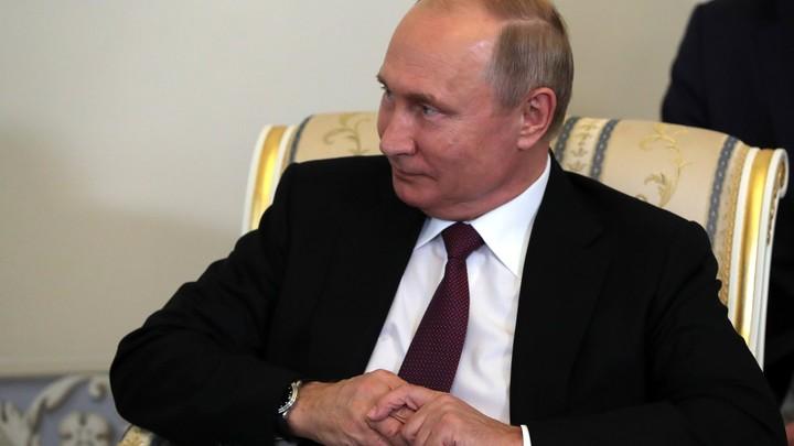 Главред Bloomberg отдал дань уважения силе Путина и подшутил над Трампом