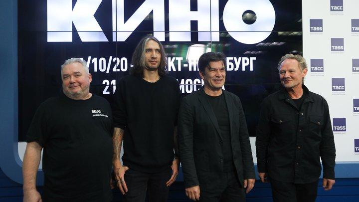 Вместо концертов: Александр Цой и группа «Кино» снимут фильм на развалинах «Севкабель порта»