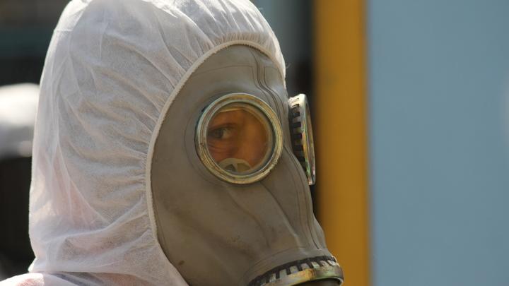 Россия побила прежний антирекорд по заражённым коронавирусом. Половина новичков - в Москве