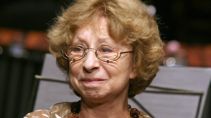 Ничего ужасающего в театре нет: Ахеджакова заявила, что Гармаш теперь не отмоется