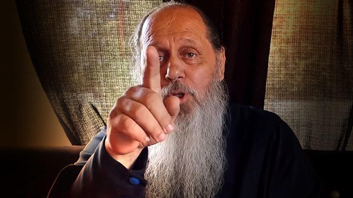 Увлекшийся «сортирным богословием» священник из Болгара запрещен на три месяца