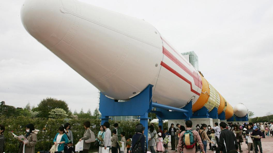 Запуск в Японии первой частной ракеты завершился крахом