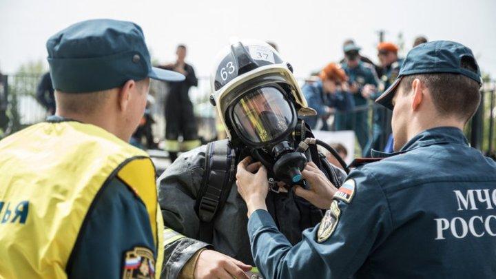 Вокруг разбросаны мины. Переговоры спасателей после взрыва в Дзержинске тиражируют в Сети