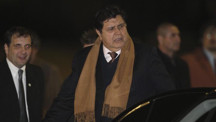 Экс-президент Перу скончался после попытки суицида - СМИ