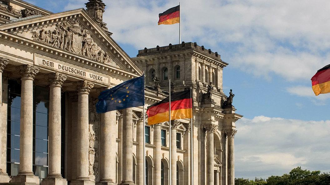 Меркель объявила, что останется канцлером ФРГ до 2021 года