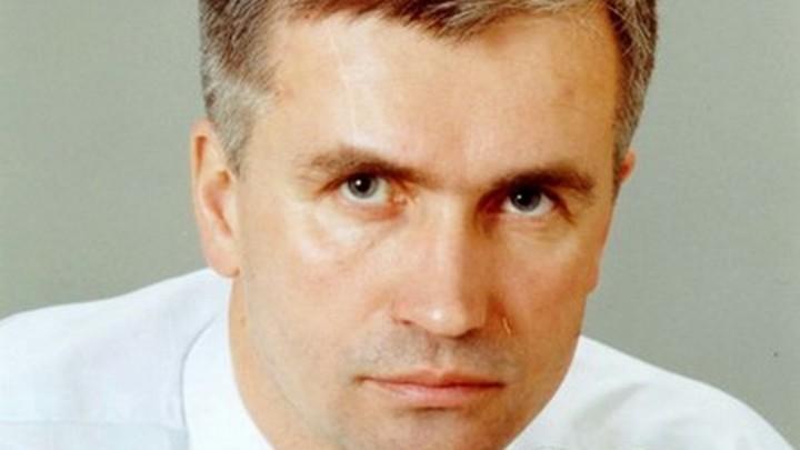 «Герой-любовник»: сотрудница муниципалитета «Лиговка-Ямская» написала песню начальнику