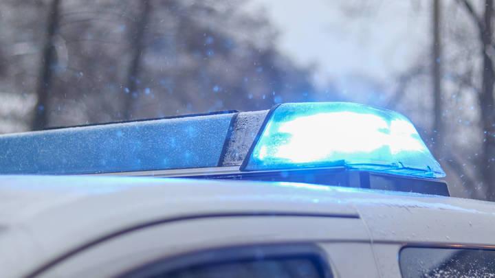 В аэропорту Кадала 75-летний водитель компактвена стал виновником ДТП