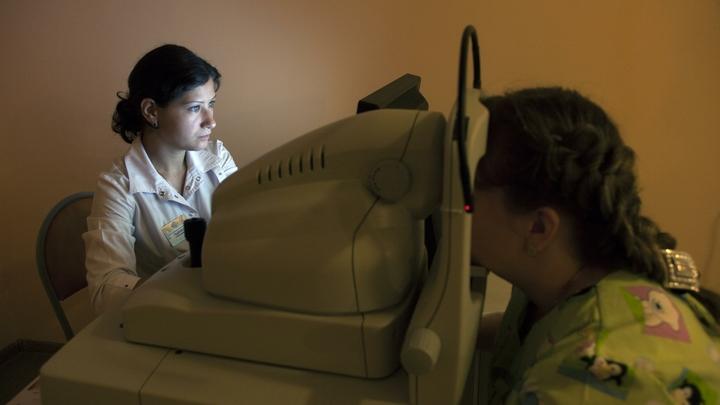 Десять школьников с ожогами глаз: В Хакасии дети чуть не ослепли на уроке
