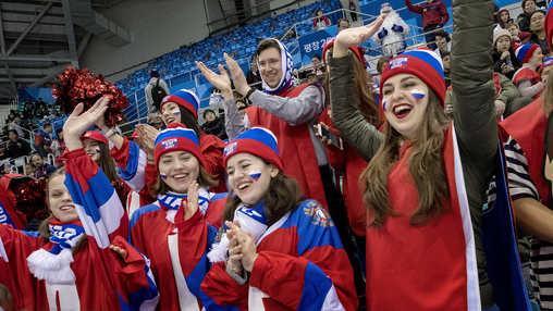 Построили русский дом на Играх
