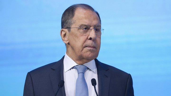 Не строим иллюзий: Лавров рассказал, чего ждать от встречи Путина и Байдена