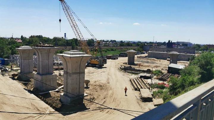 В Краснодаре завершают первый этап строительства нового Яблоновского моста