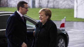 Северному потоку - 2 быть: Премьер Польши не смог убедить Меркель заблокировать газопровод