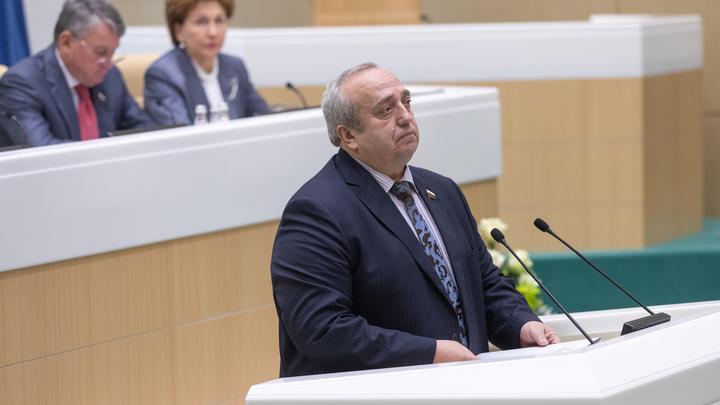 Не русские воруют, а американцы: В Софведе ответили правдой на обвинения Болтона