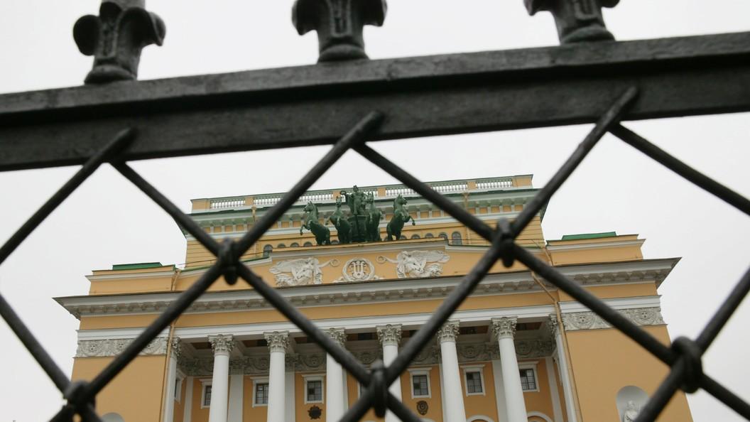 В Петербурге скончался народный артист России Виктор Смирнов