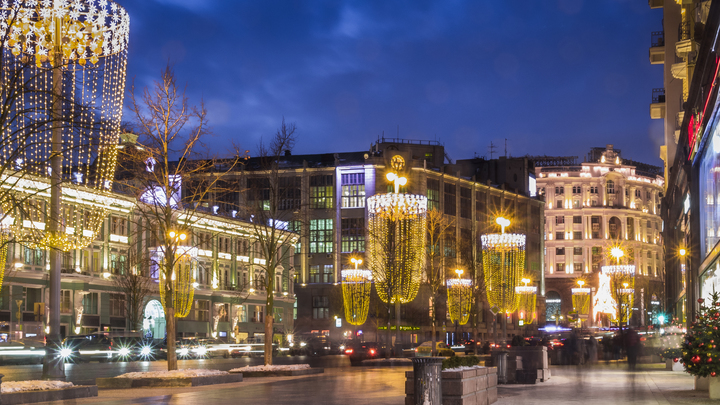 Рождество в парках Москвы: Гостей ждут более 100 уникальных развлечений
