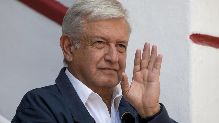 Президенту Мексики попытались «растопить сердце» при помощи трогательной серенады