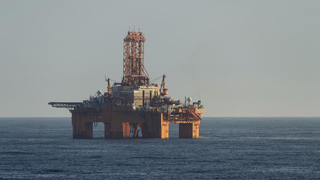 Русский нефтегазовый гигант «Роснефть» начал бурение скважины нашельфе Черного моря