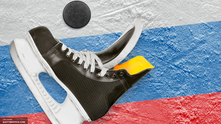 Россия сохраняет лидерство в матче против Латвии после двух периодов