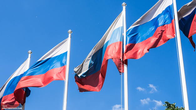 Бело-сине-красное не носить: российских легкоатлетов заставили отречься от флага страны