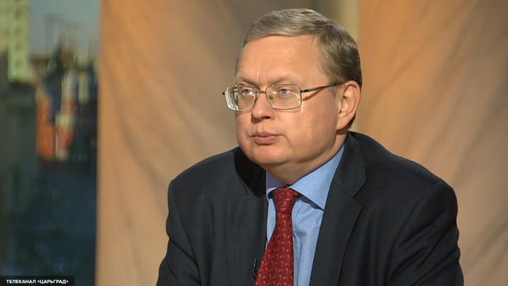 Михаил Делягин: В стране скоро останутся только два банка - ВТБ и Сбербанк
