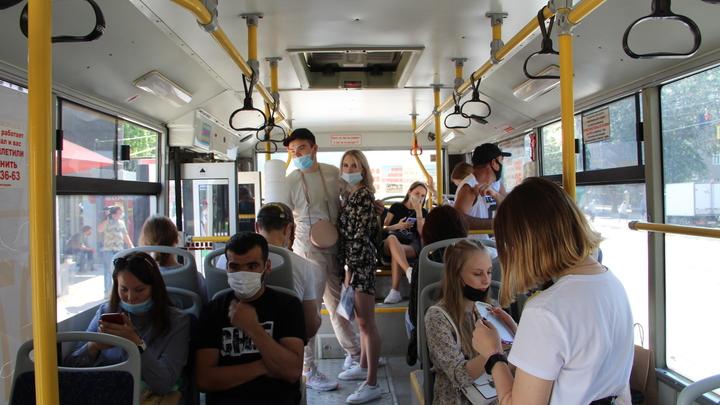 В Новосибирской области усилили проверки соблюдения масочного режима в общественном транспорте