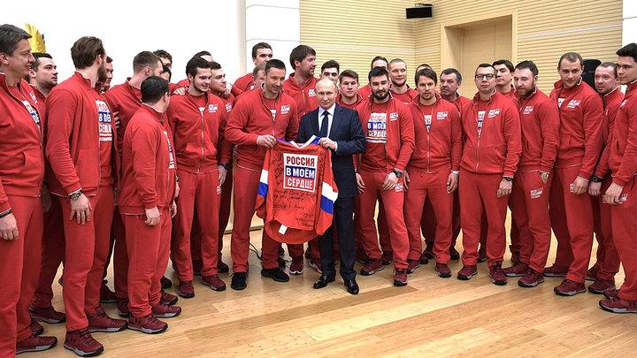 Путин попросил прощения, а Жуков — нет