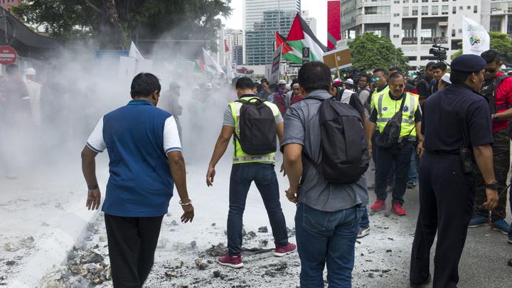 Война пришла - в Иерусалиме проходит митинг мусульман с лозунгами против Трампа