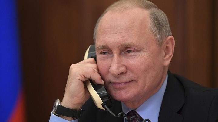 Поговорили о Сирии и поздравили с Новым годом: Путин и Меркель пообщались по телефону