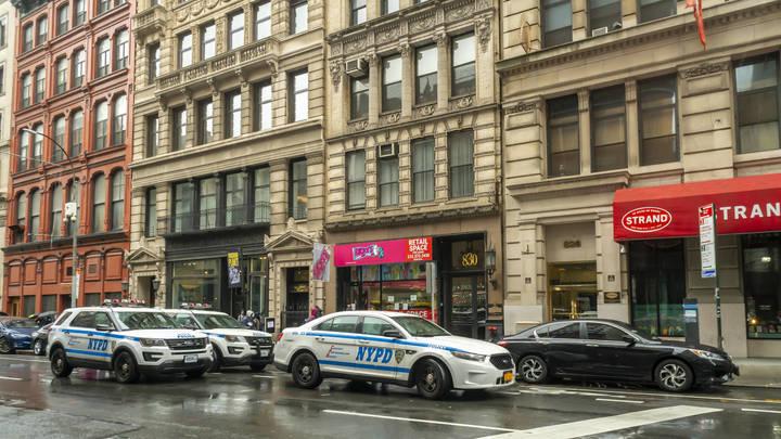 Будет как после теракта 11 сентября: Нью-Йорк готовится к большому количеству смертей - медик Роджерс