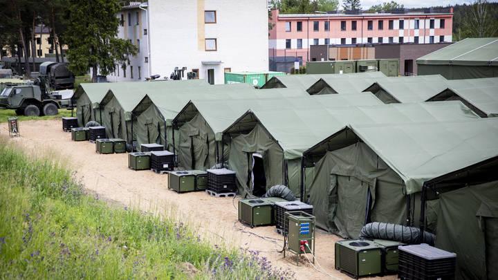 Бунт в концлагере для мигрантов в Литве: Силовики применили газ