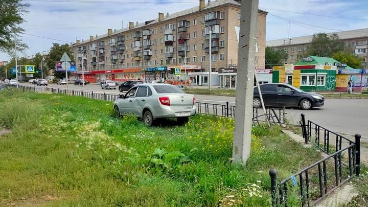Стало плохо за рулем: в Копейске из-за жары умер водитель