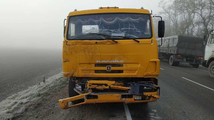 На Кубани Kalina влетела в КамАЗ: погибли двое