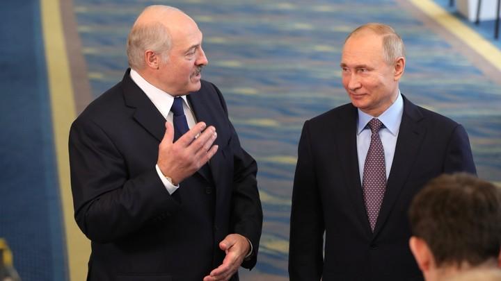 Не надо вякать: Лукашенко потребовал современное вооружение от России и заявил, что белорусы живут лучше