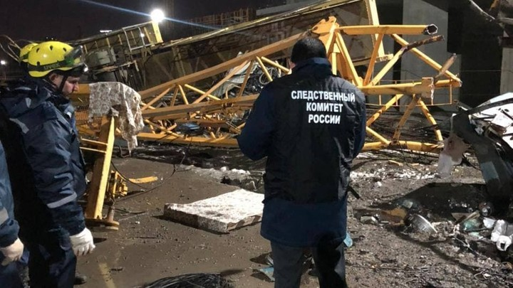 В Краснодаре завели уголовное дело после гибели двух человек при падении башенного крана