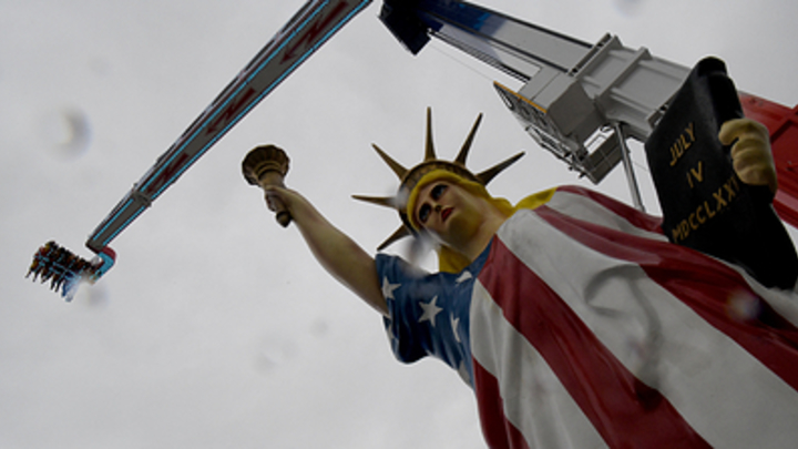 Россию подсаживают на американский транш? США выбились в инвестиционные лидеры РФ - EY