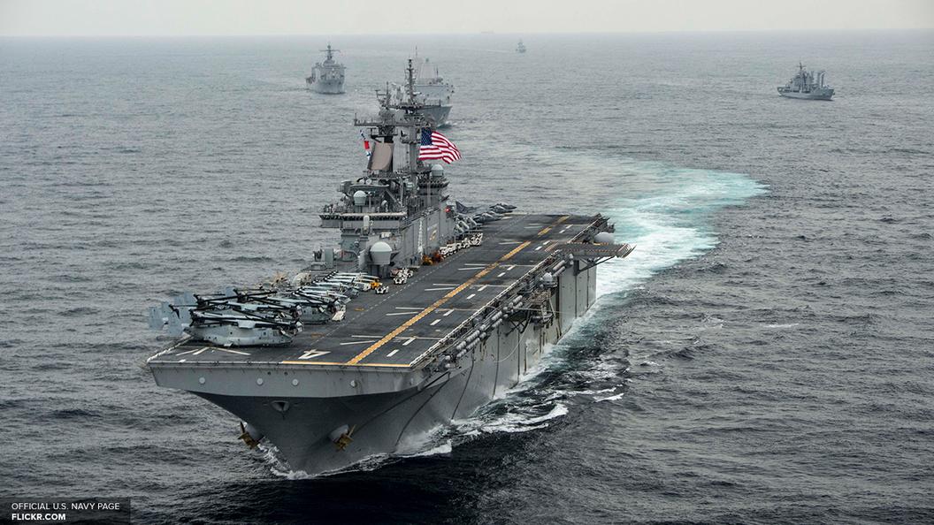 Корабли США и Японии начали маневры у берегов КНДР