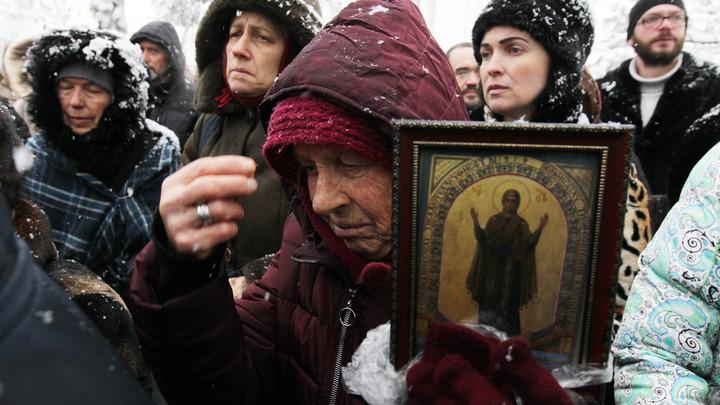 Милонов призвал к блокаде Мариуполя из-за захвата храмов на Украине