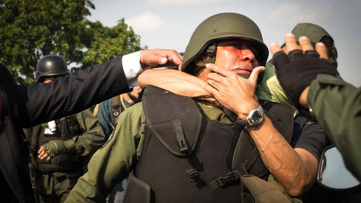 Дело ясное - это проба сил: Венесуэльских военных пытались обманом заставить свергнуть Мадуро