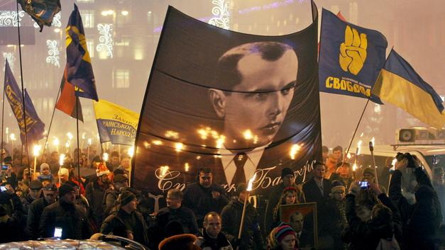 В Верховной раде чествуют украинских приспешников Гитлера