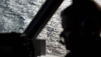 Оба пилота погибли: Учебный полет истребителя США закончился крушением