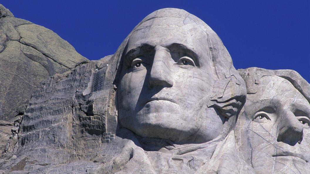 ВСША осквернили статую создателя  конституции США