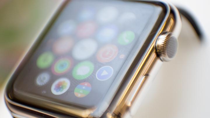 Осторожно, вас подслушивают: В Apple Watch нашли приложение для тайной прослушки