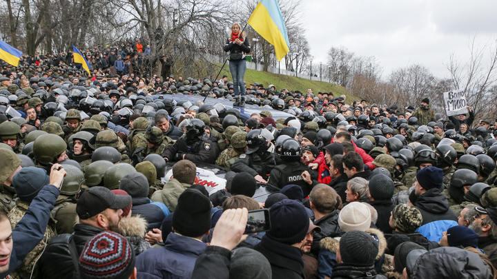 Пособники Саакашвили намерены пойти врукопашную с бывшим Беркутом