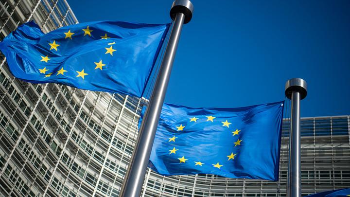 Отключить Белоруссию от SWIFT: Европарламент принял опасную резолюцию