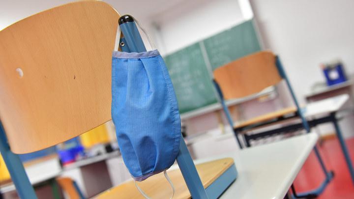 Выпускникам пяти новосибирских школ не дали сдать ЕГЭ из-за карантина