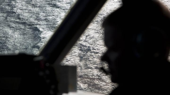 В Мексике на учениях разбился военный самолет