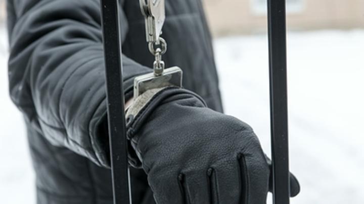 Cемейная ссора и алкоголь помогли отыскать склад с оружием в Подмосковье